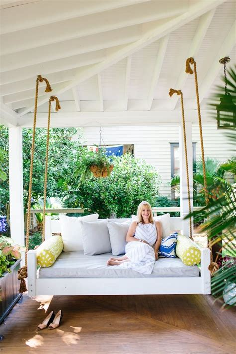 Charleston Porch Swing by 25 Best Ideas About Porch Swings On Pinterest Swinging