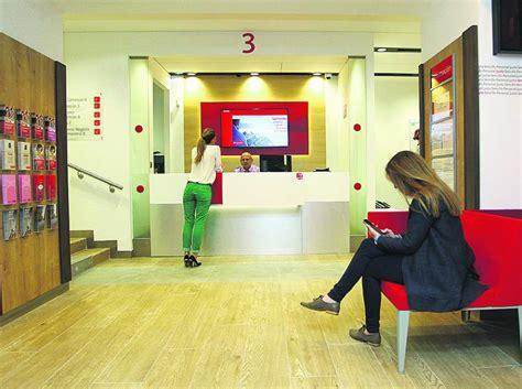 oficinas de banco santander radiograf 237 a bancaria santander es el banco l 237 der en