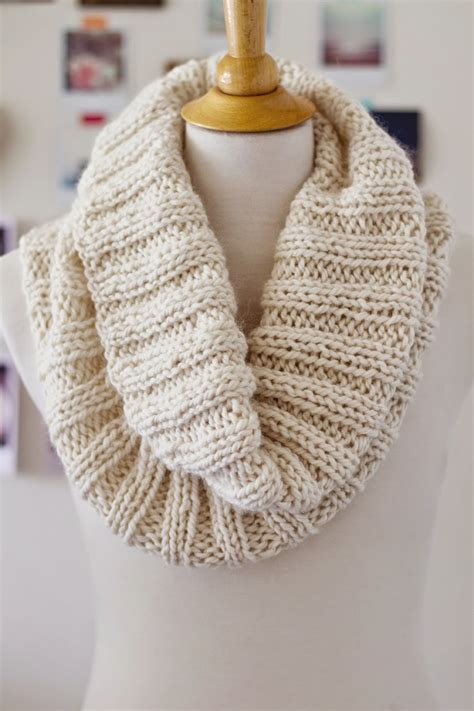 ribbed knitting patterns cozy ribbed cowl allfreeknitting