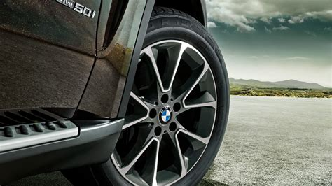 Car Tyre Wallpaper by Bmw Car Tyres View Wallpaper Places To Visit