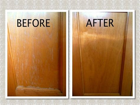 cleaning kitchen cabinet doors 20 best ideas about cleaning cabinets on