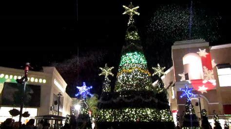 wiregrass mall light show symphony of lights wiregrass mall wesley chapel florida