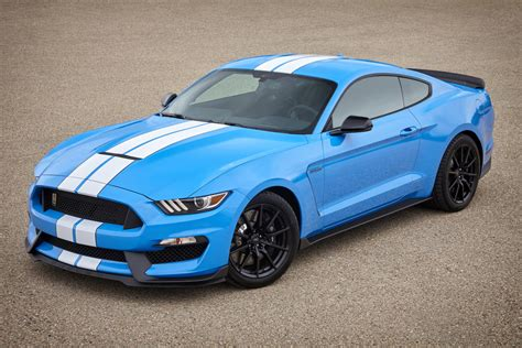 Ford Shelby Gt350 by New Pictures Of The 2017 Ford Shelby Gt350 Mustang
