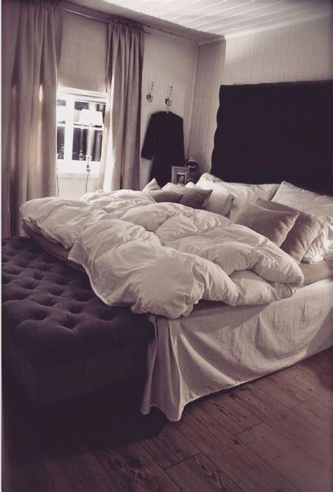 comfy bed sets comfy bed on the hunt