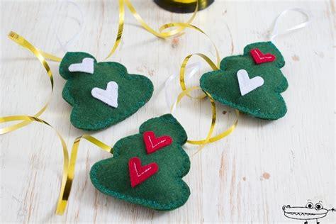 adornos arbol de navidad manualidades 193 rbol de navidad de fieltro manualidades infantiles