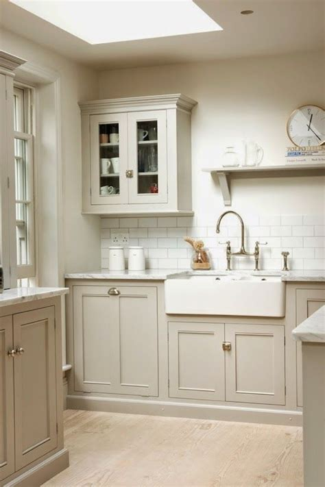 neutral paint colors for kitchen cabinets 25 best ideas about taupe kitchen cabinets on