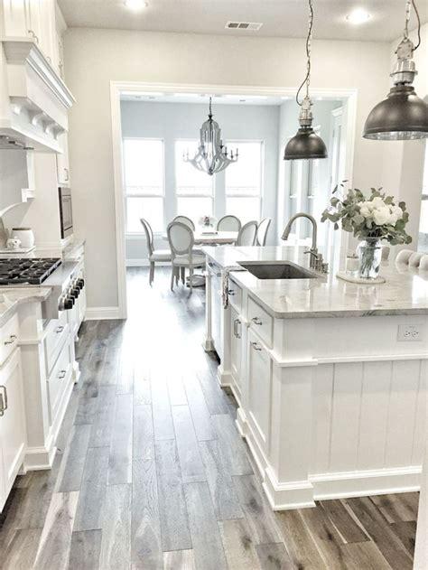 white kitchen flooring ideas best 25 white kitchen cabinets ideas on