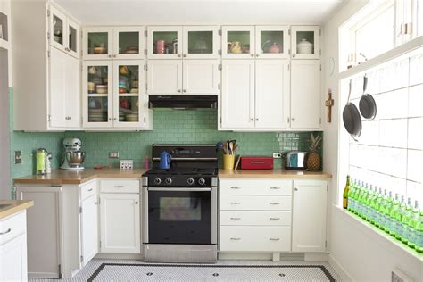 small kitchen decorating ideas on a budget 5 small kitchen remodeling ideas on a budget interior decorating colors interior decorating