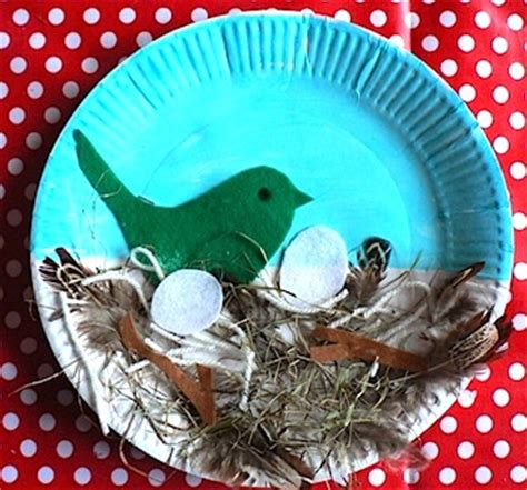 bird paper plate craft bird s nest paper plate craft preschool education