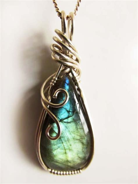 wire wrapping best 25 wire wrapped stones ideas on