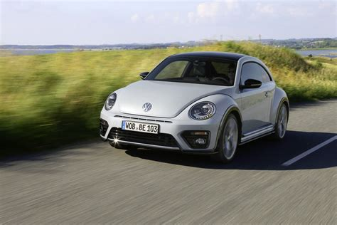 Volkswagen Beetle New by 2017 Volkswagen Beetle Detailed In New Photos And