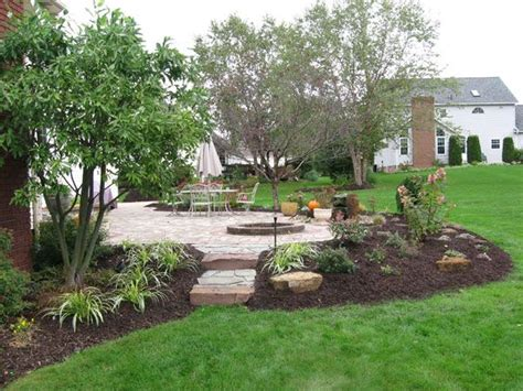 patio landscaping designs 1000 ideas about landscaping around patio on