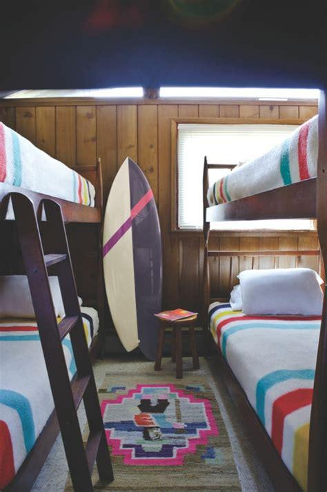 d 233 corez vos int 233 rieurs avec une planche de surf