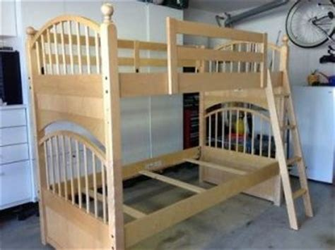 stanley america bunk bed stanley america rustic cherry bunk bed 3