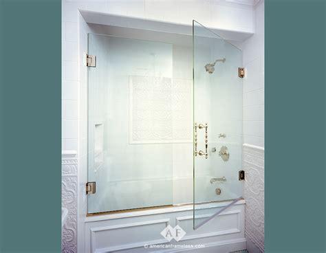bathtubs with glass shower doors bathtubs with glass reversadermcream