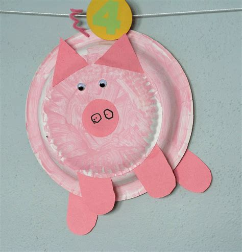 pink craft paper if you give a pig a pancake sponge painted paper plate