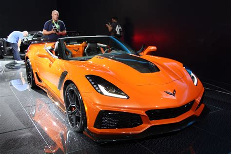 New Corvette Zr1 by 2019 Corvette Zr1 Convertible Debuts In Los Angeles
