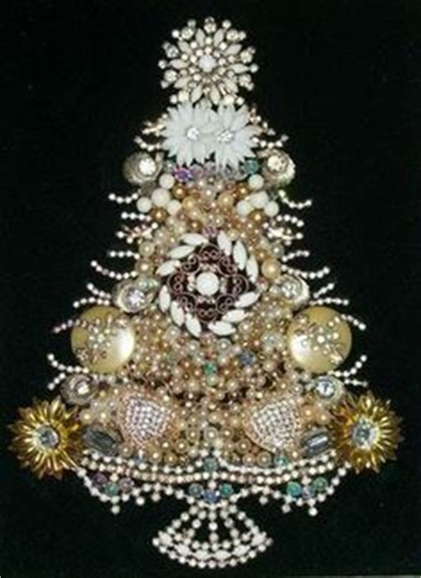how to make a vintage jewelry tree 1000 images about trees made of vintage jewelry