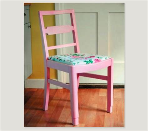 spray painting kitchen chairs spray painting a kitchen chair