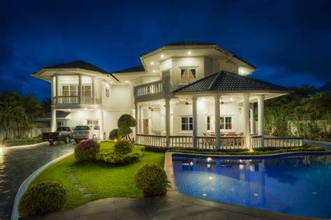 luxury homes edmonton terry paranych luxury real estate 187 edmonton