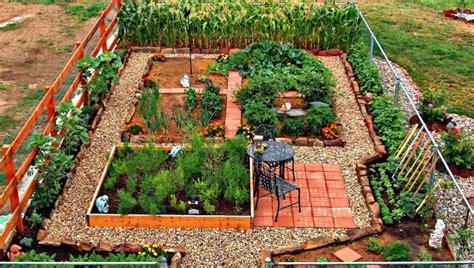 self sufficient vegetable garden 24 fantastic backyard vegetable garden ideas