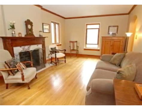 paint colors for wood trim best paint colors to go with yellow orange oak trim wall