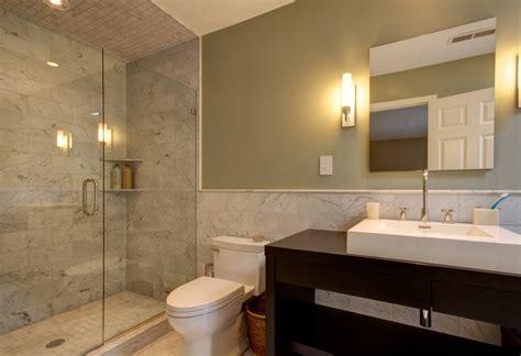 modern marble bathroom come arredare un bagno piccolo con doccia