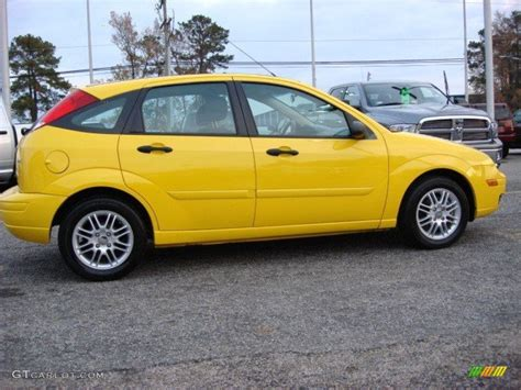 2006 Ford Focus Hatchback by Screaming Yellow 2006 Ford Focus Zx5 Se Hatchback Exterior