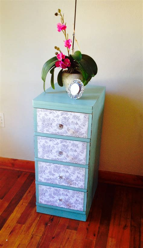 decoupage drawer fronts how to decoupage drawer fronts