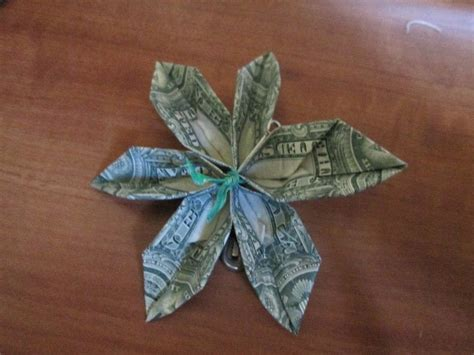 money origami flowers origami money flower how to 183 how to make a flowers