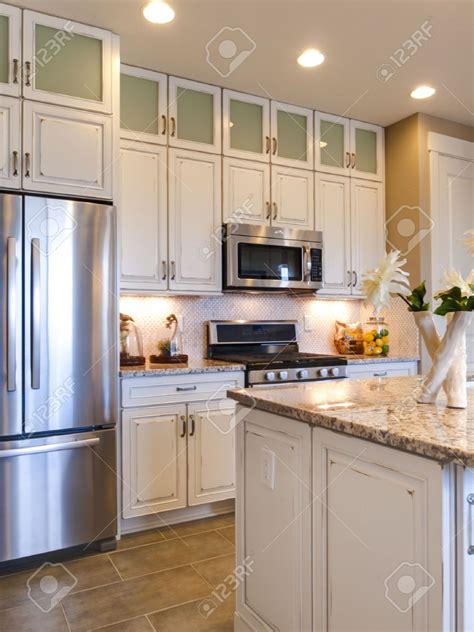 white kitchen cabinets with stainless steel appliances paint colors for kitchen with white cabinets and stainless