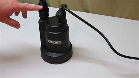 How To Remove Water From Basement by Everbilt 1 6 Hp Submersible Utility Pump Youtube