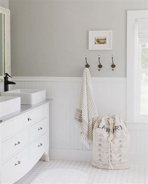 bathroom ideas with wainscoting 17 best ideas about wainscoting bathroom on