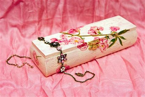 decoupage steps how to decoupage anything doityourself