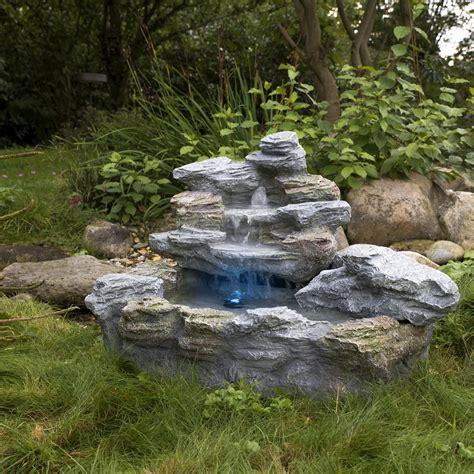 Der Garten Slowakei by Gartenbrunnen Quot Olymp Quot Beleuchtet Springbrunnen Zierbrunnen