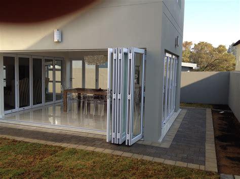 Folding Glass Bath Shower Screen top quality sliding folding doors in johannesburg