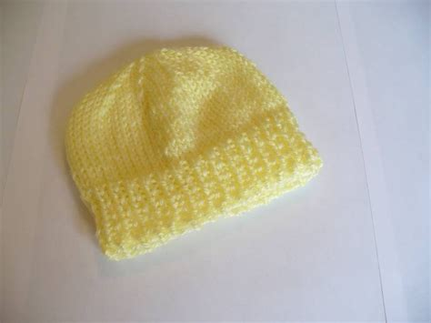 easy knit newborn hat pattern