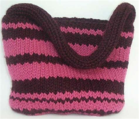 free knitting patterns for bags totes uptown knit tote bag free easy pattern knitting