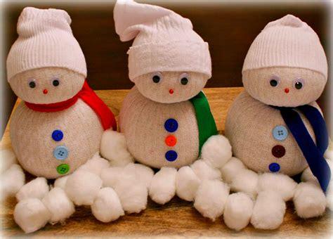 sock crafts for 19 sock snowman diy crafts guide patterns