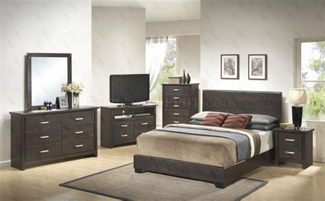 brown bedroom furniture sets g1800 bedroom 6pc set in brown by furniture