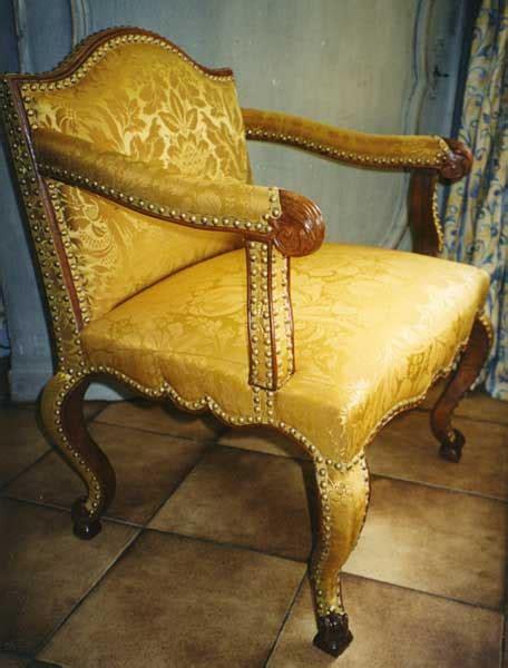 restauration sieges fauteuils anciens conservation des