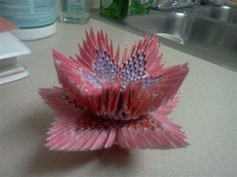 origami with starburst wrappers starburst wrapper flower 1 by isothien on deviantart