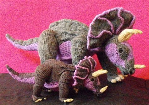 knit a dinosaur tracy triceratops and baby dinosaurs by madmonkeyknits