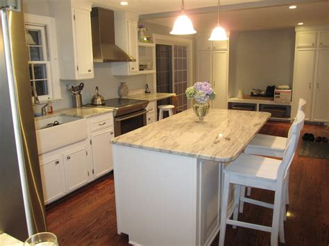 white kitchen cabinets with granite countertops white cabinets with granite countertops diy kitchen