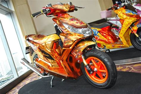 Modifikasi Motor Sport Honda by Modifikasi Airbrush Honda Beat Modifikasi Motor Sport
