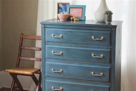 chalk paint images what is chalk paint where to buy brands diy recipes