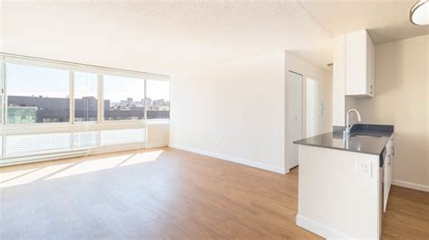 how many square in a studio apartment 100 how many square in a studio apartment