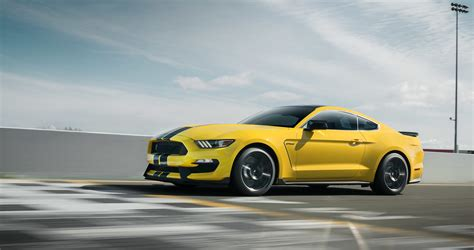 Ford Shelby Gt350 by 2017 Ford Mustang Shelby Gt350 Sports Car Model Details