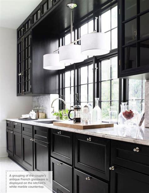 kitchen with black cabinets best 25 black kitchen cabinets ideas on