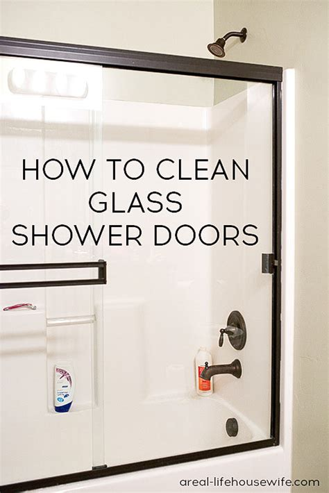 best way to clean a glass shower door best way to clean glass shower doors 28 images